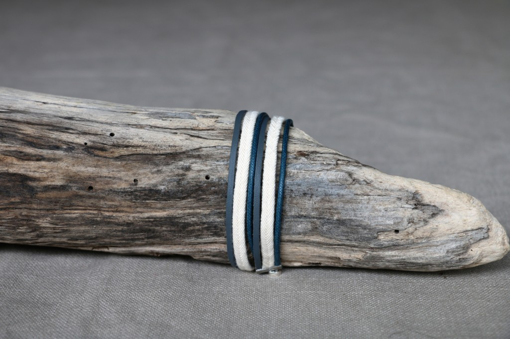 Bracelet Cuir n°31 - 26€